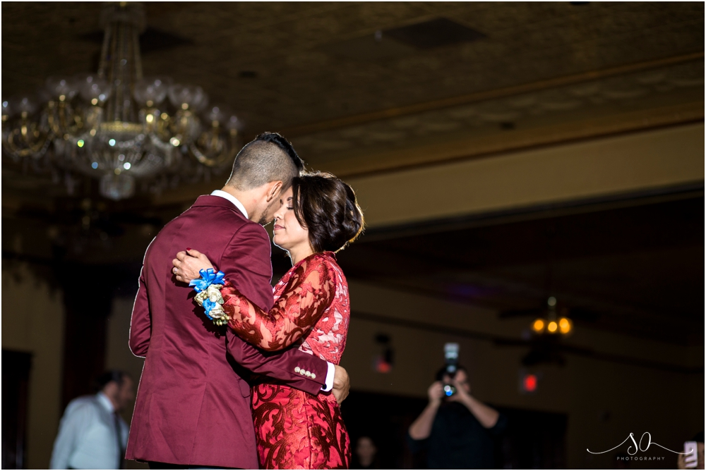 The-Ballroom-at-Church-Street-Orlando-Wedding-Sara-Ozim-Photography_0125.jpg
