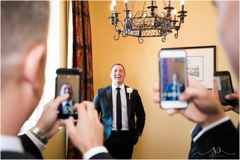 White-Room-Wedding-Sara-Ozim-Photography_0032.jpg