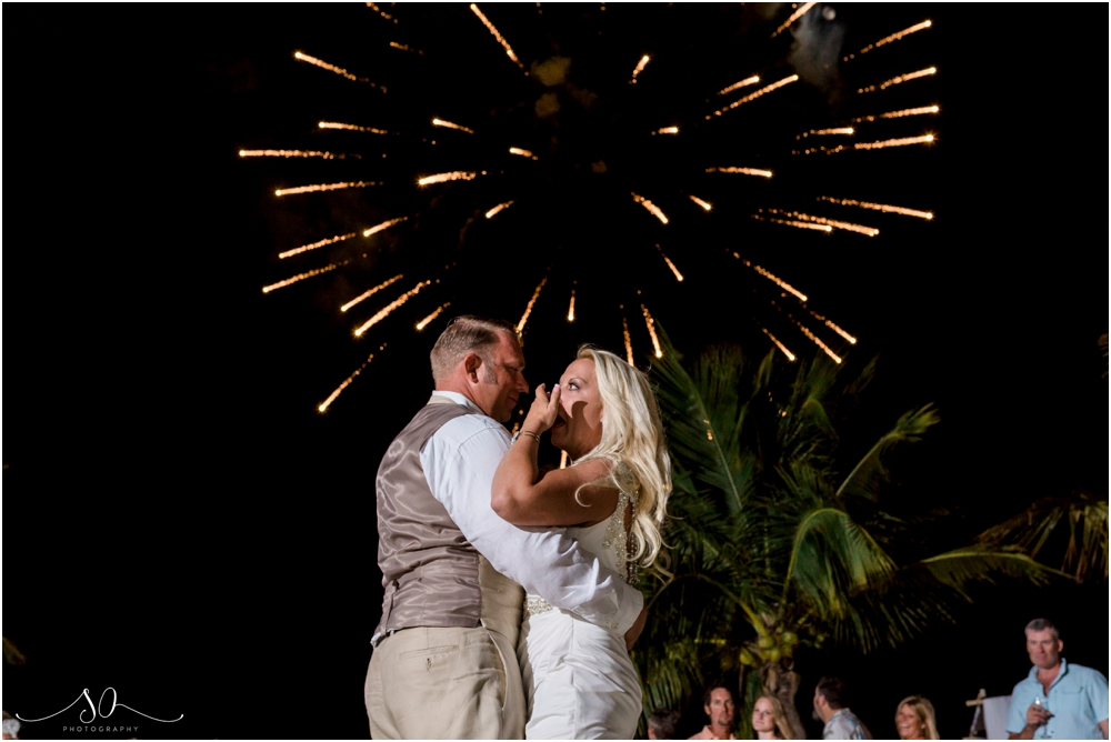 Coconut-Cove-Resort-and-Marina-Wedding-Sara-Ozim-Photography_0057.jpg