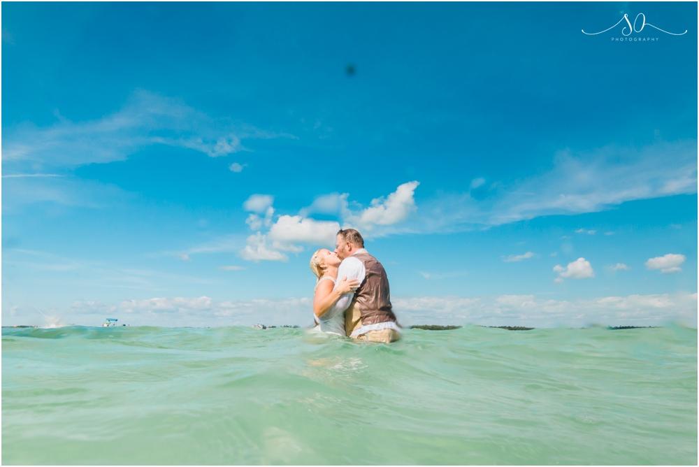 Coconut-Cove-Resort-and-Marina-Wedding-Sara-Ozim-Photography_0074.jpg