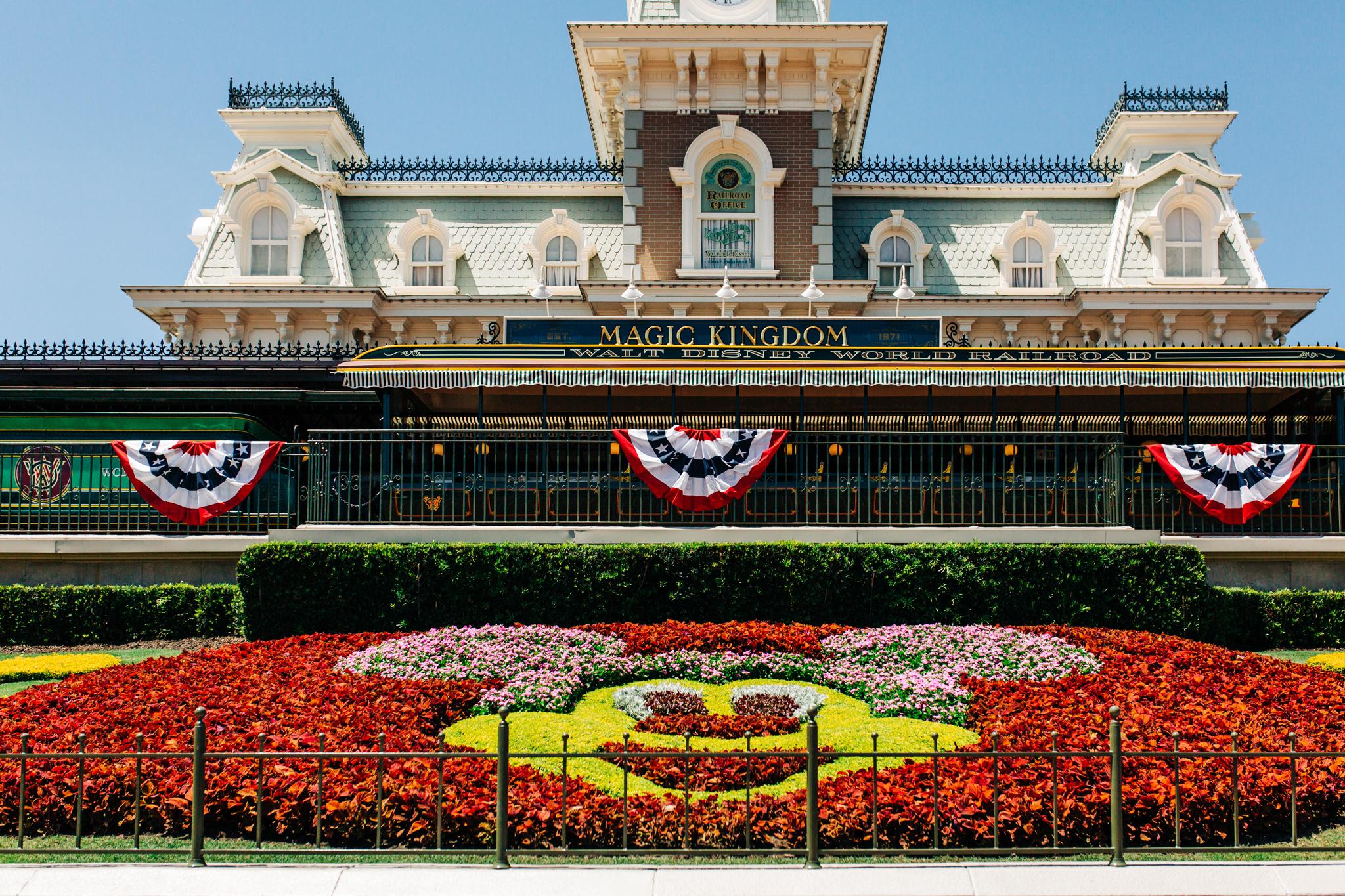Disney Engagement Session-4.jpg