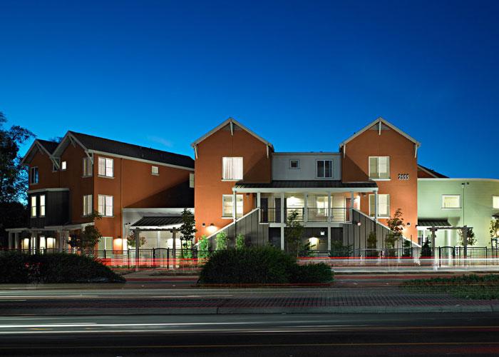 East Leland Apartments