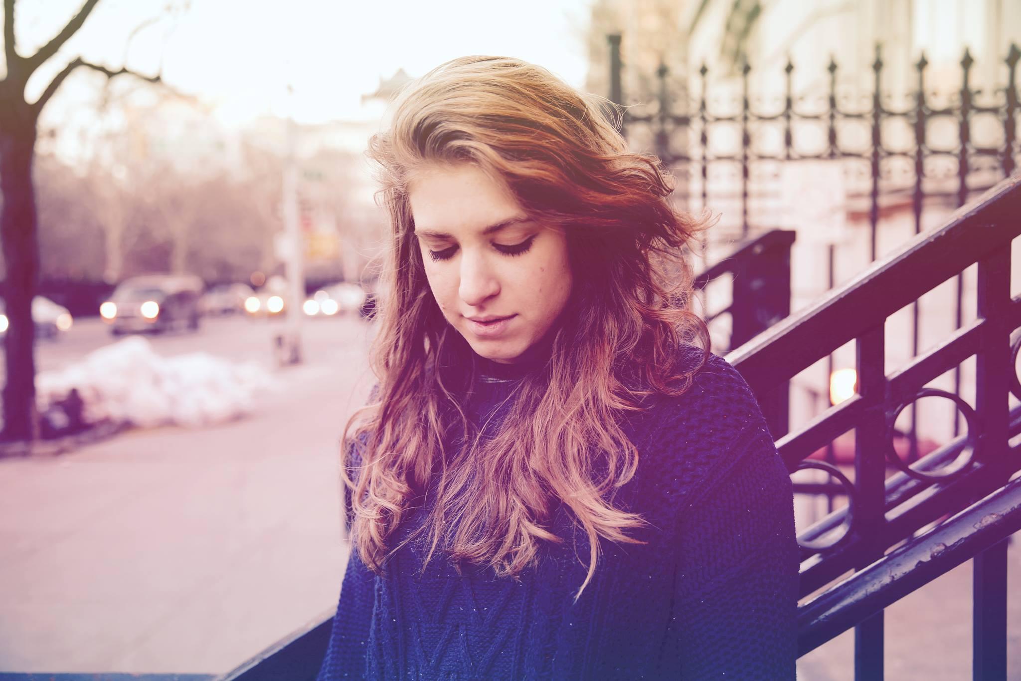 blondemaze1.jpg