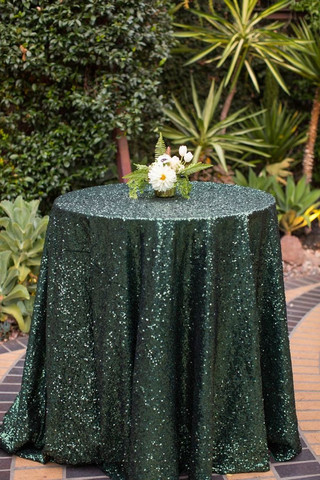 emerald_sequin_tablecloth_large.jpg