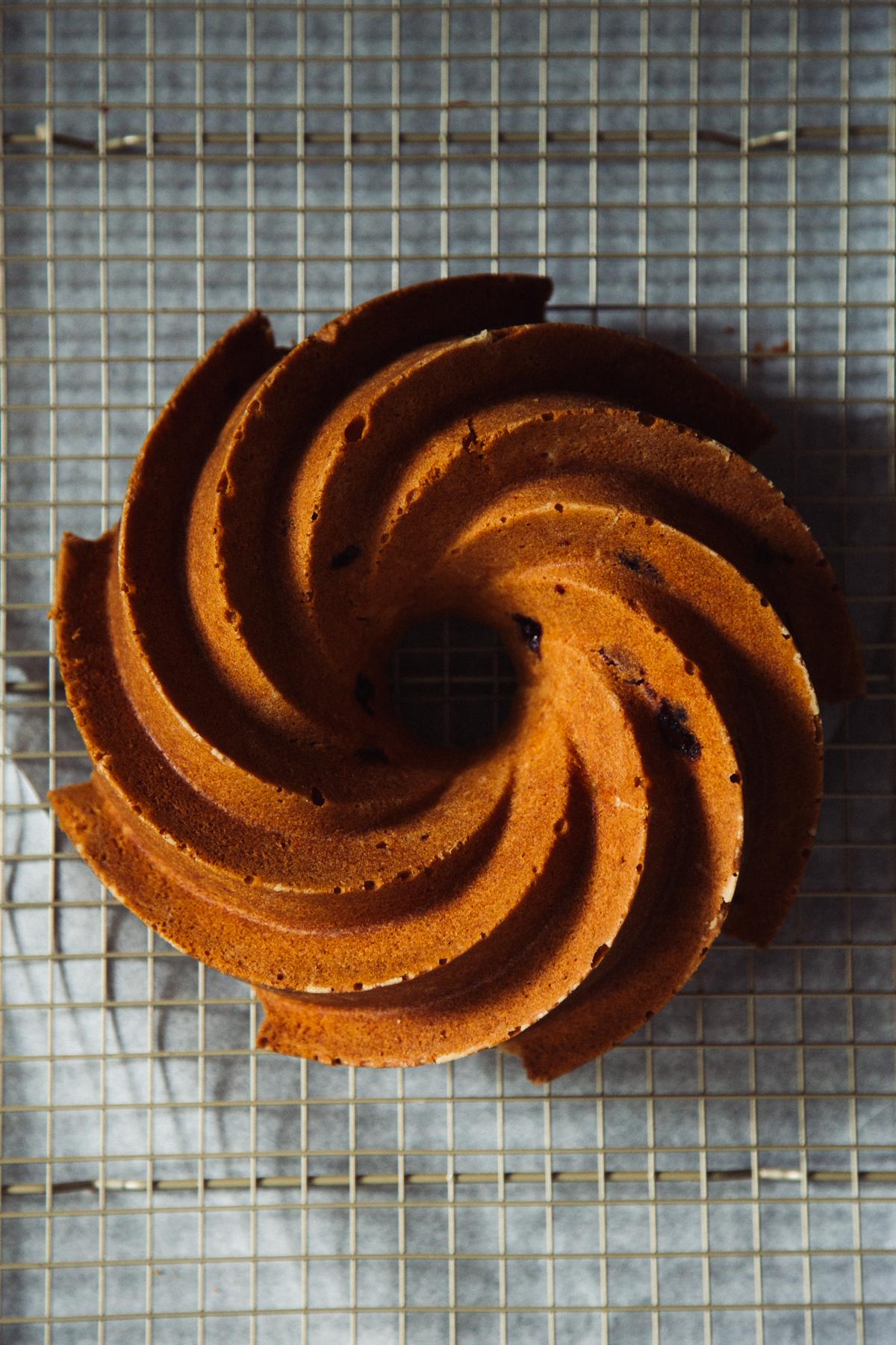 orange cranberry bundt cake | apt 2b baking co