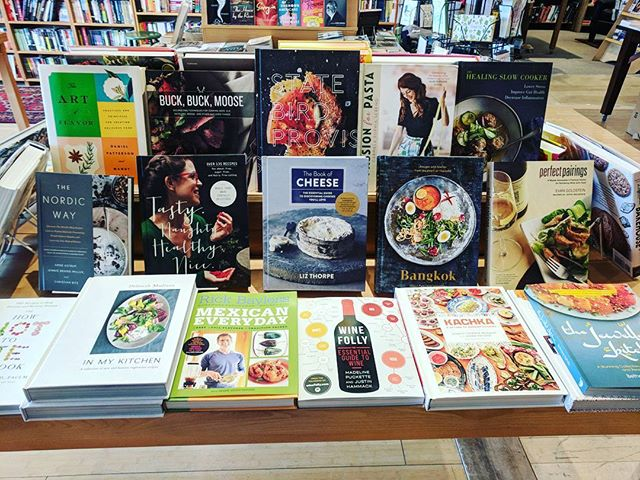 It's Mardi Gras! Celebrate with a cookbook or two... or three. We won't judge, it's Fat Tuesday after all! • • • #bookstores #bookstore #bookstagram #book #books #booksbooksbooks #bookshelf #bookshelves #shakespeareandco #cookbook #cookbooks #cooking #fattuesday #mardigras