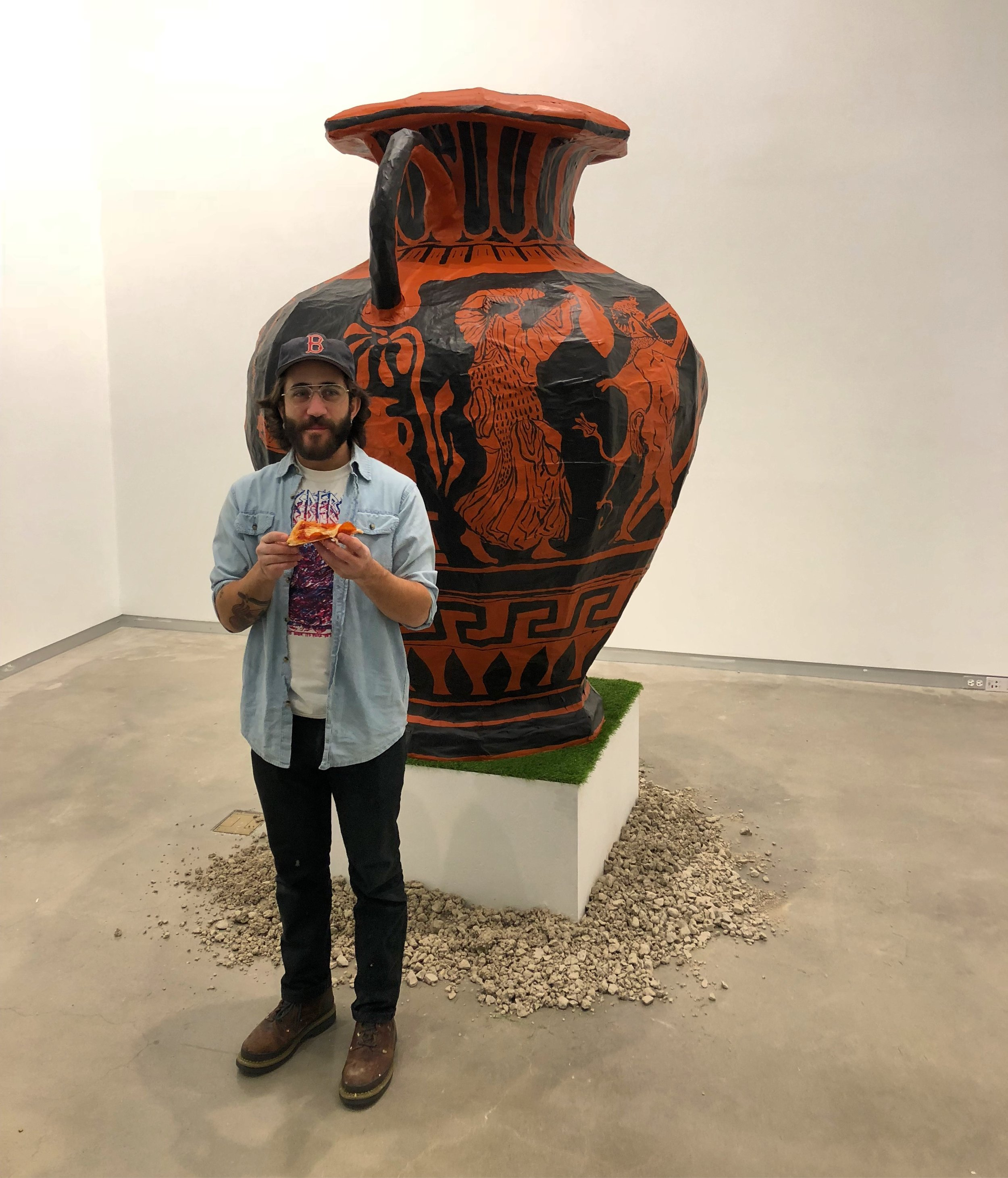 David with Amphora & Pizza
