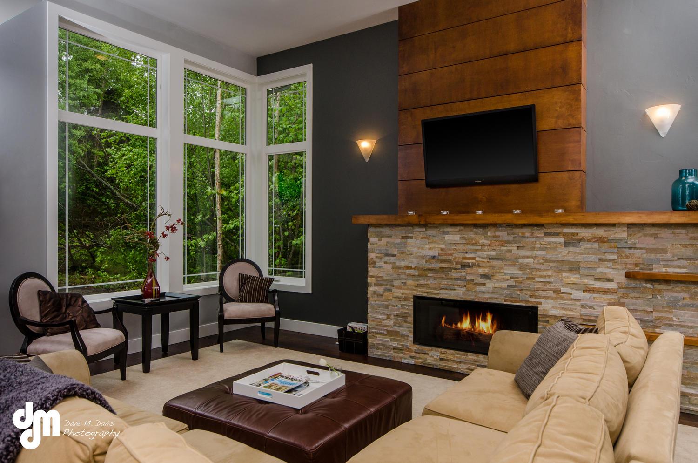 2922 Marston Drive Anchorage-large-006-Living Room-1500x994-72dpi.jpg