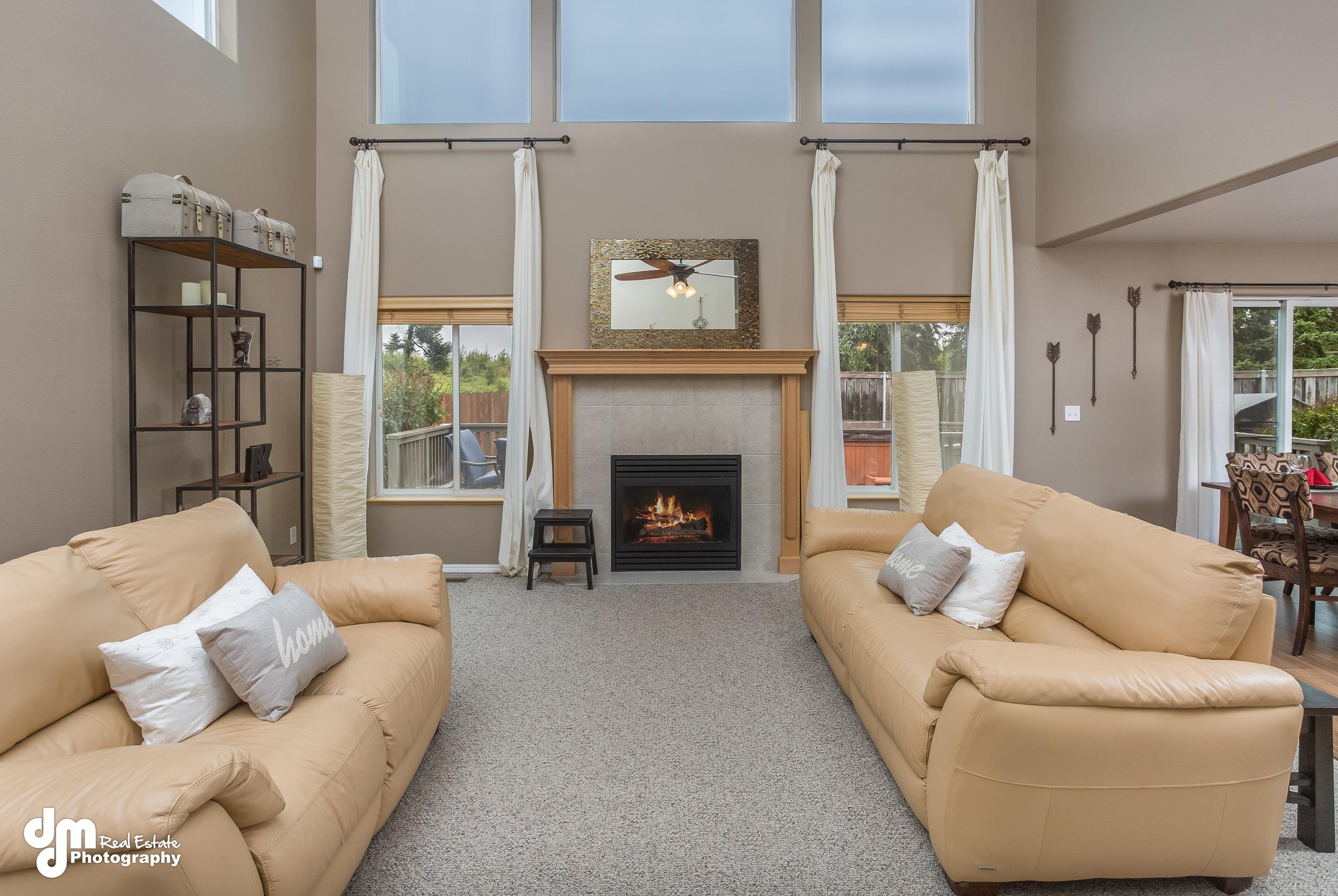 Living Room_DMD_6709.jpg