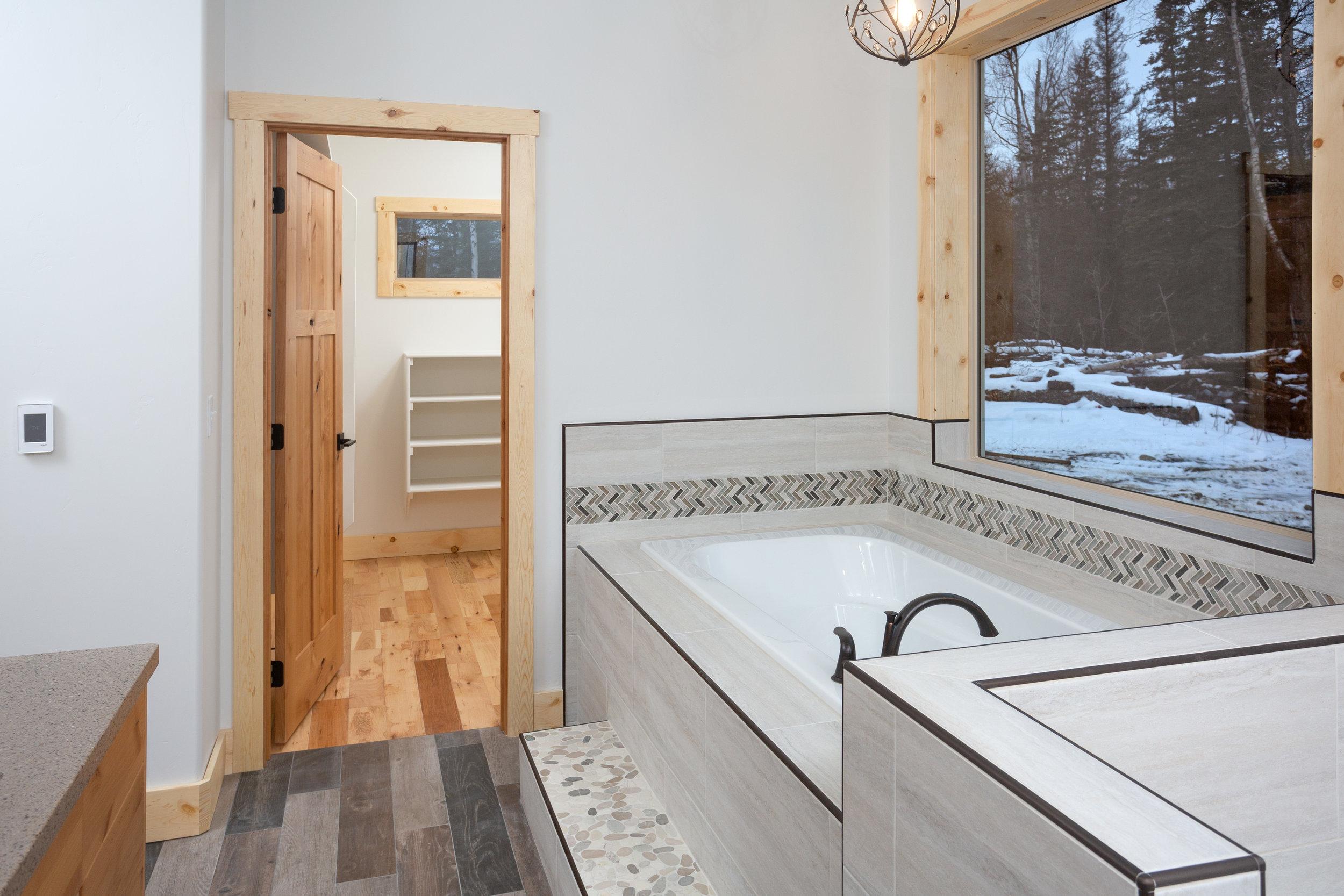 Master Bathroom_DMD_1173.jpg