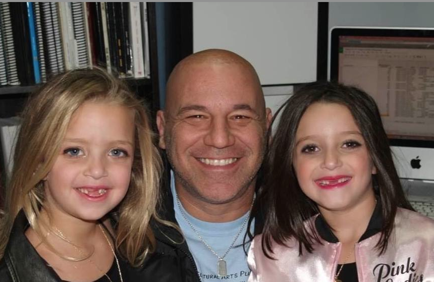 Bruce with the Brandman sisters