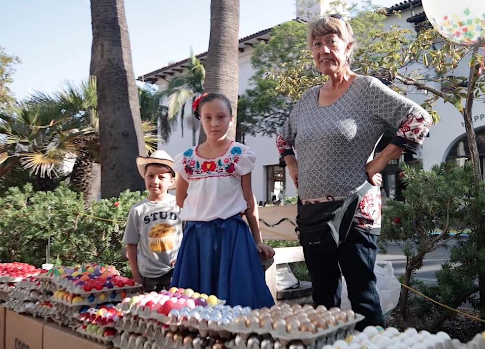Rosalva and Kids.jpg