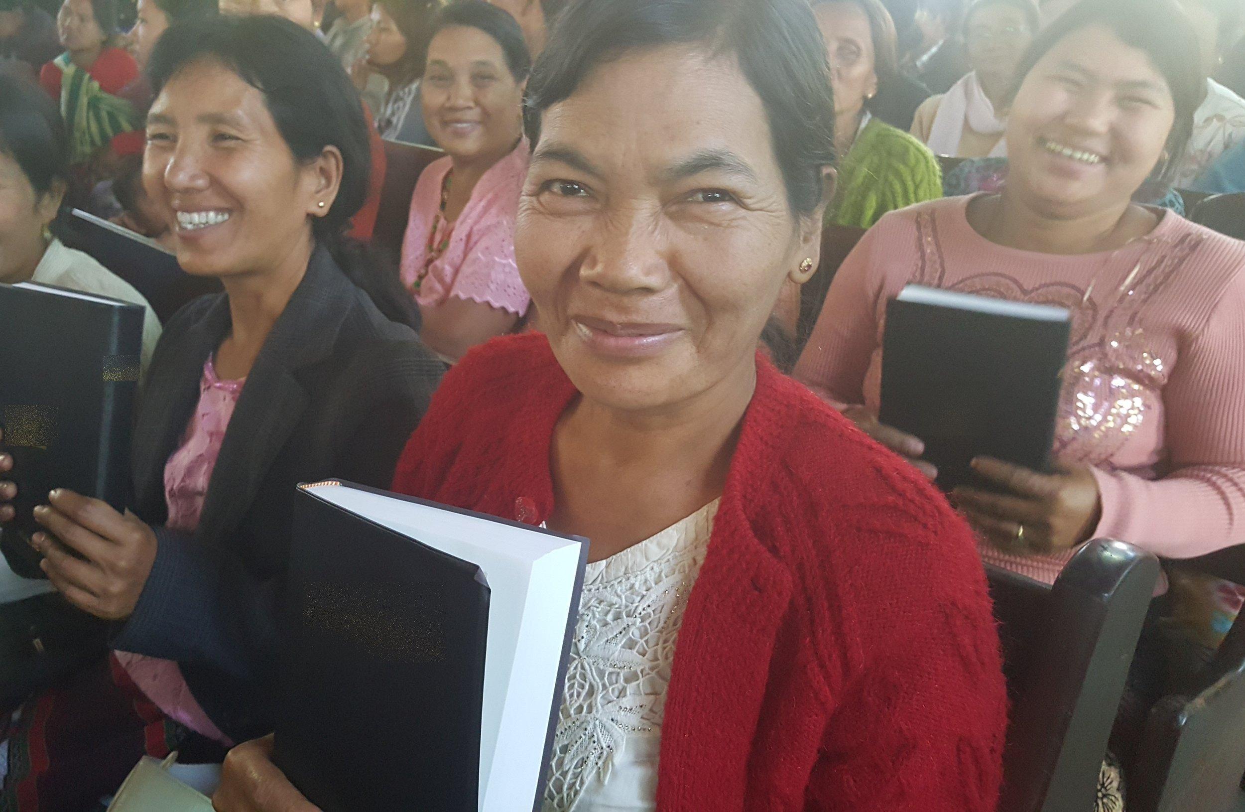 Photo: Hmong children, Shutterstock
