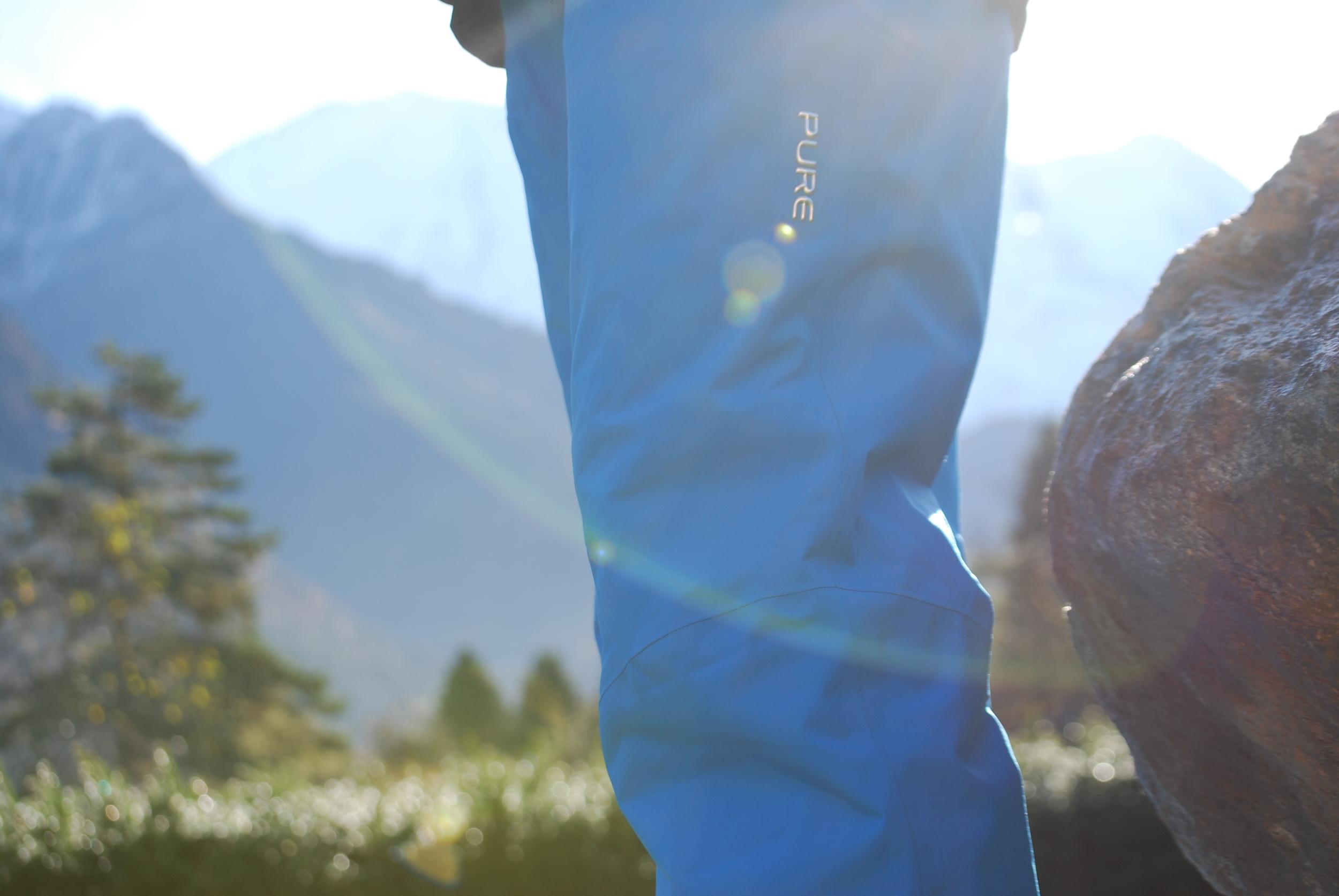 Verbier Men's Pure Snow pants in action