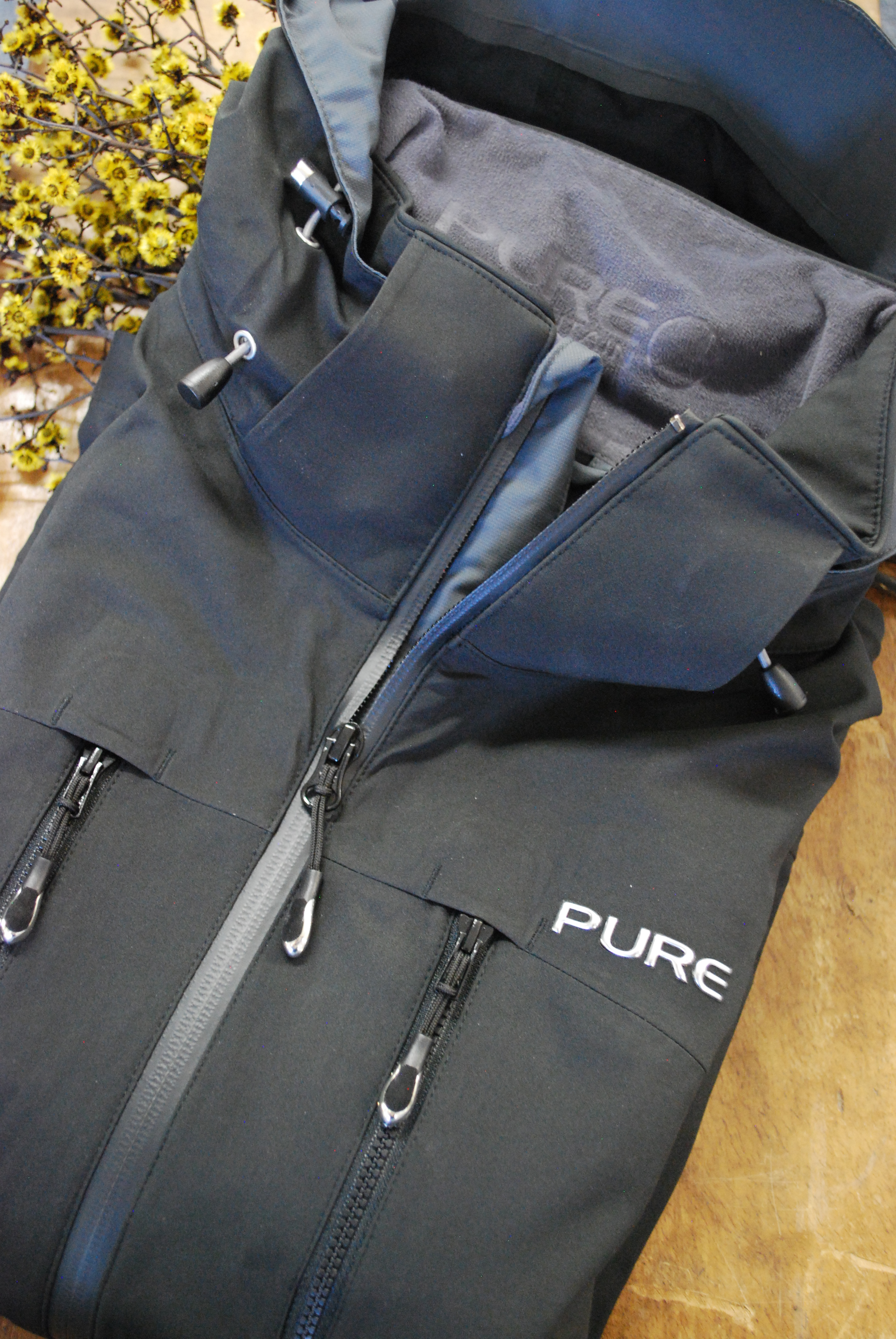 Pure Mountain jacket in black