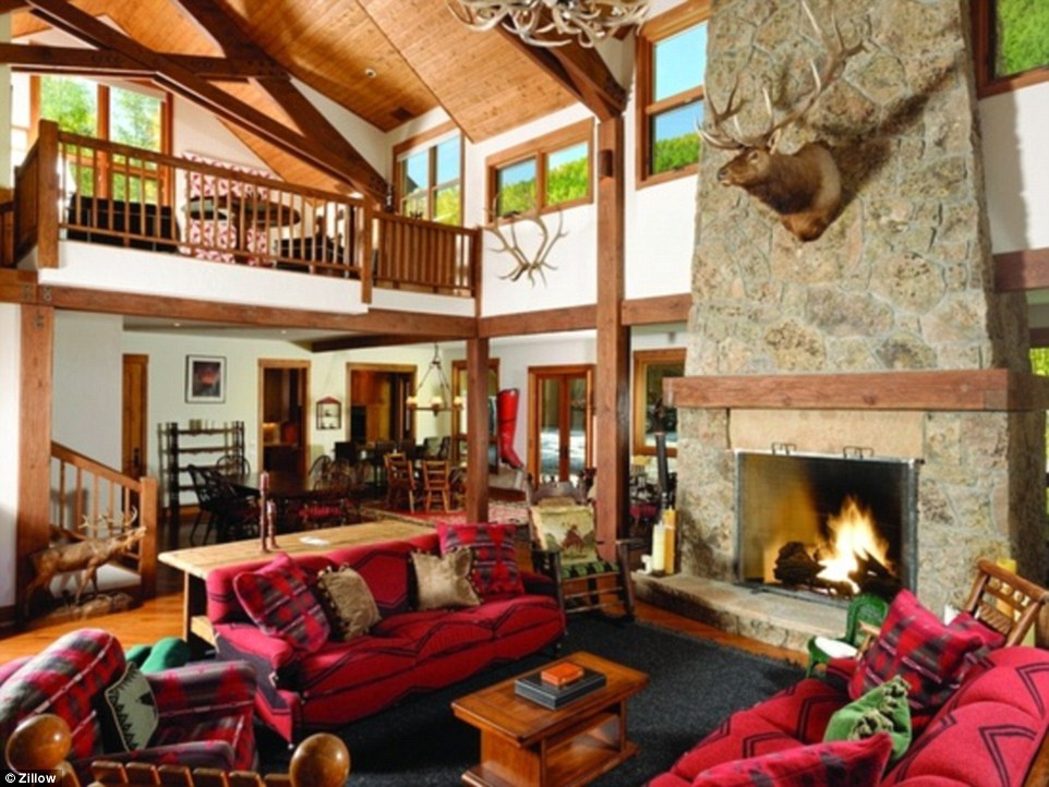 Pure Snow Top 10 Most Amazing Places To Stay In The Snow - Elk Mansion 3.jpg