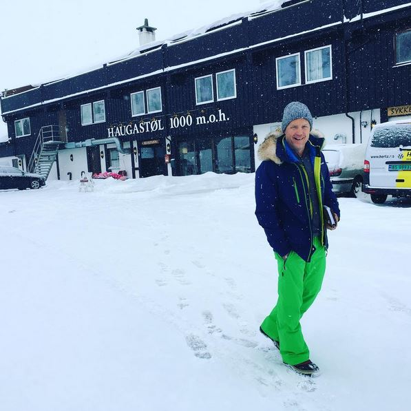 Browse Pure SnowMen's Outdoor Clothing