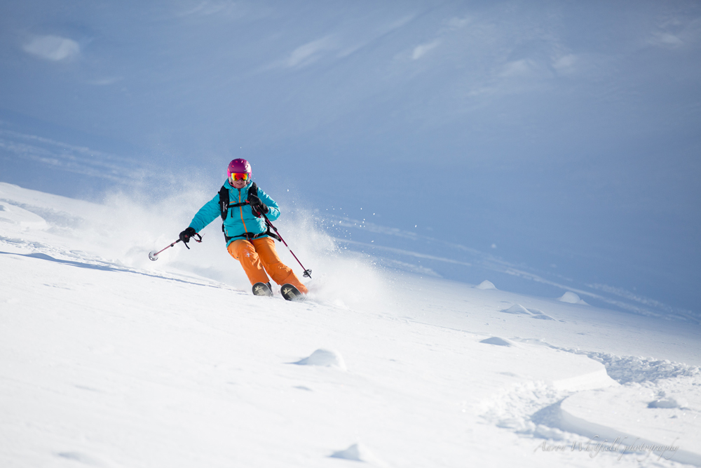 Lyndell and Greg from powderhounds.com recently experienced Northern Escape Heli Skiing. Here is their review.