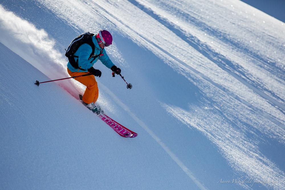 pure-brandz-powderhounds-skiing-northern-escape-heli-skiing-6.jpg