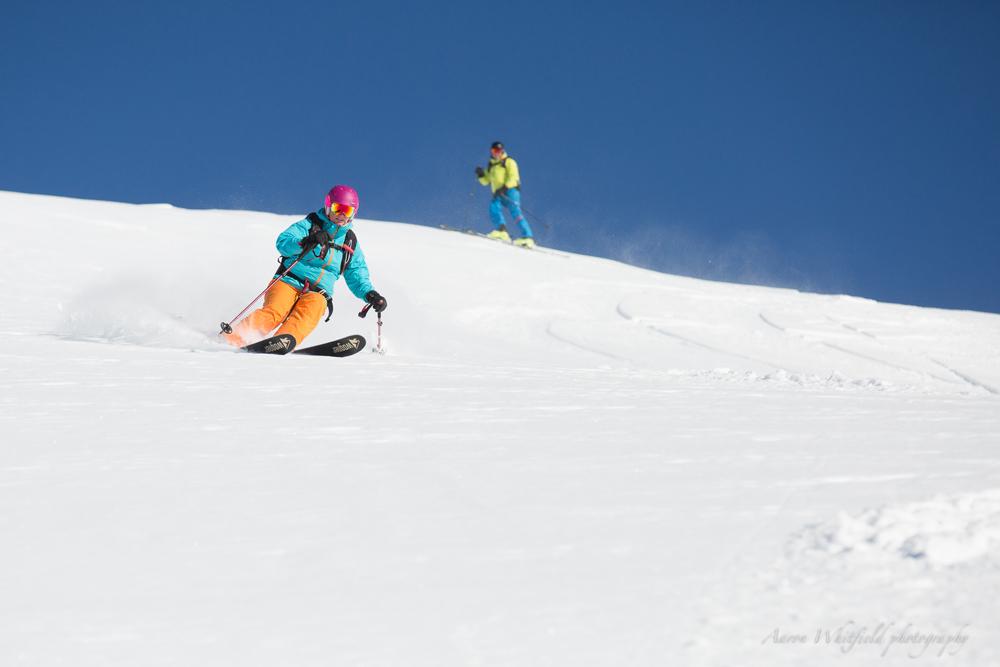 pure-brandz-powderhounds-skiing-northern-escape-heli-skiing-8.jpg