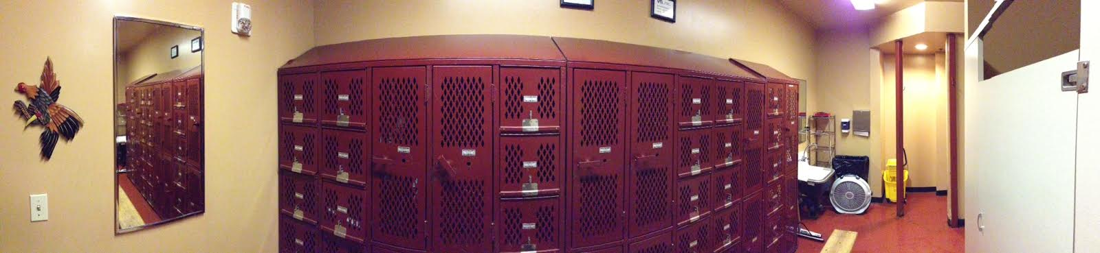 LockerRoom_Mens02.jpg