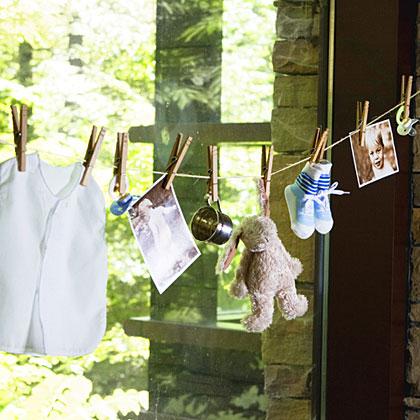 photo clothesline party decoration Martie Duncan
