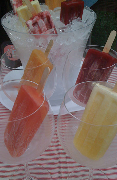 Popsicles and Prosecco for girls night party