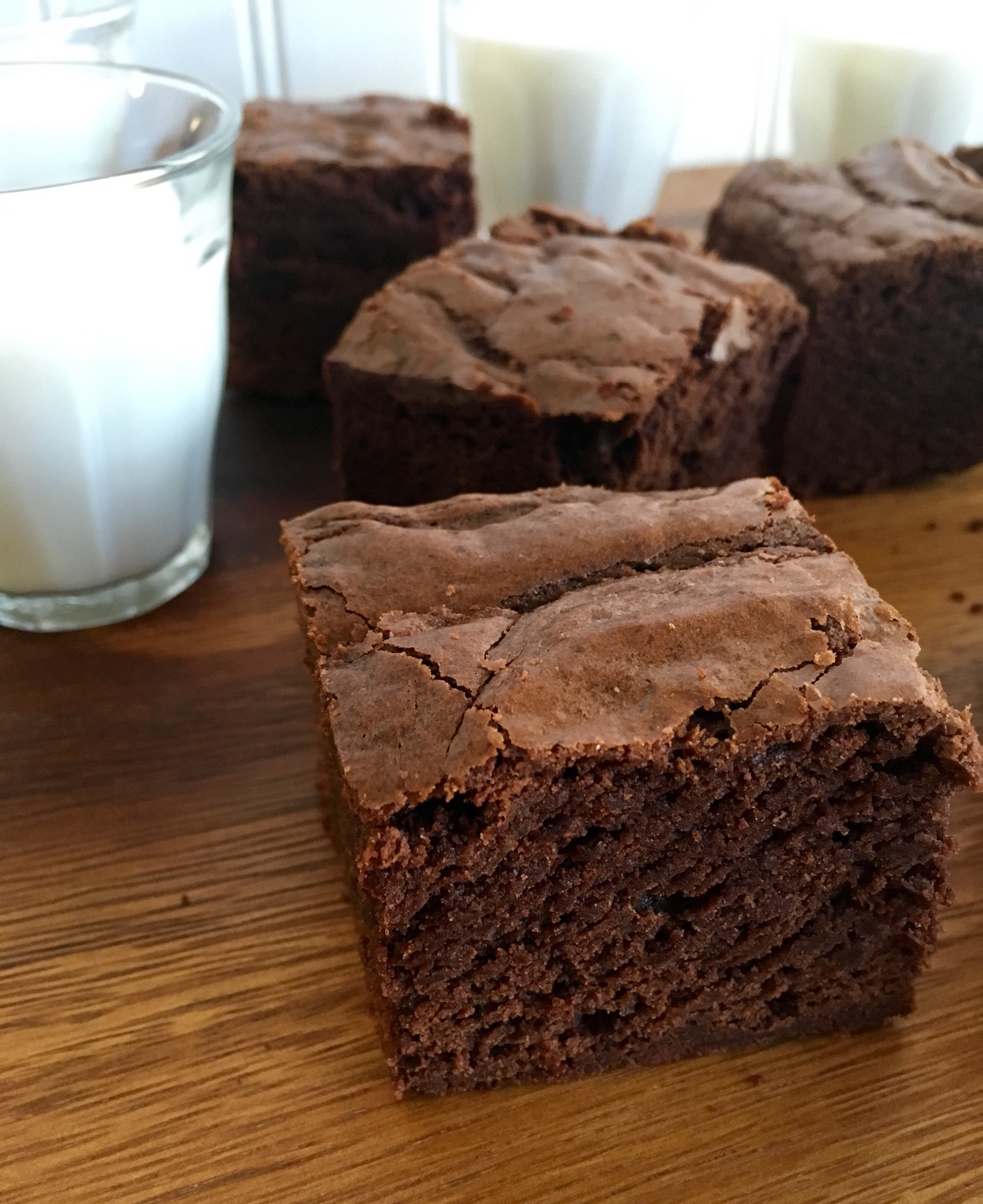 Old school lunchroom brownies