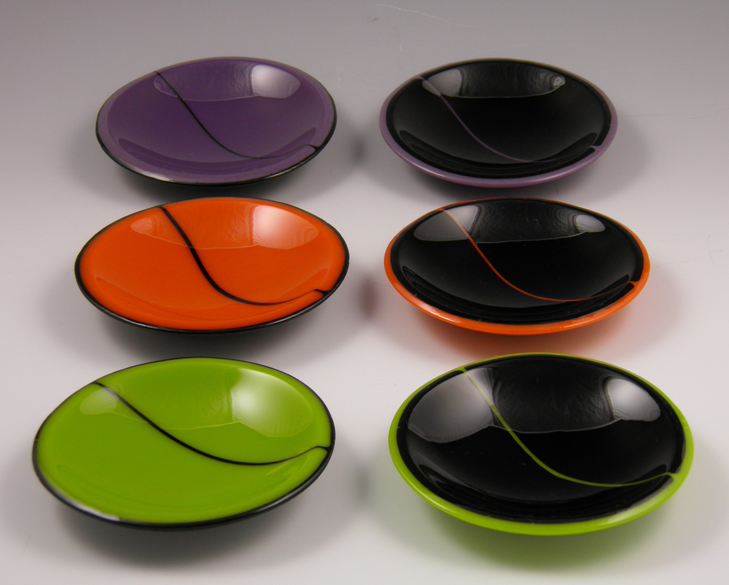 black & green, orange or purple wobble bowls