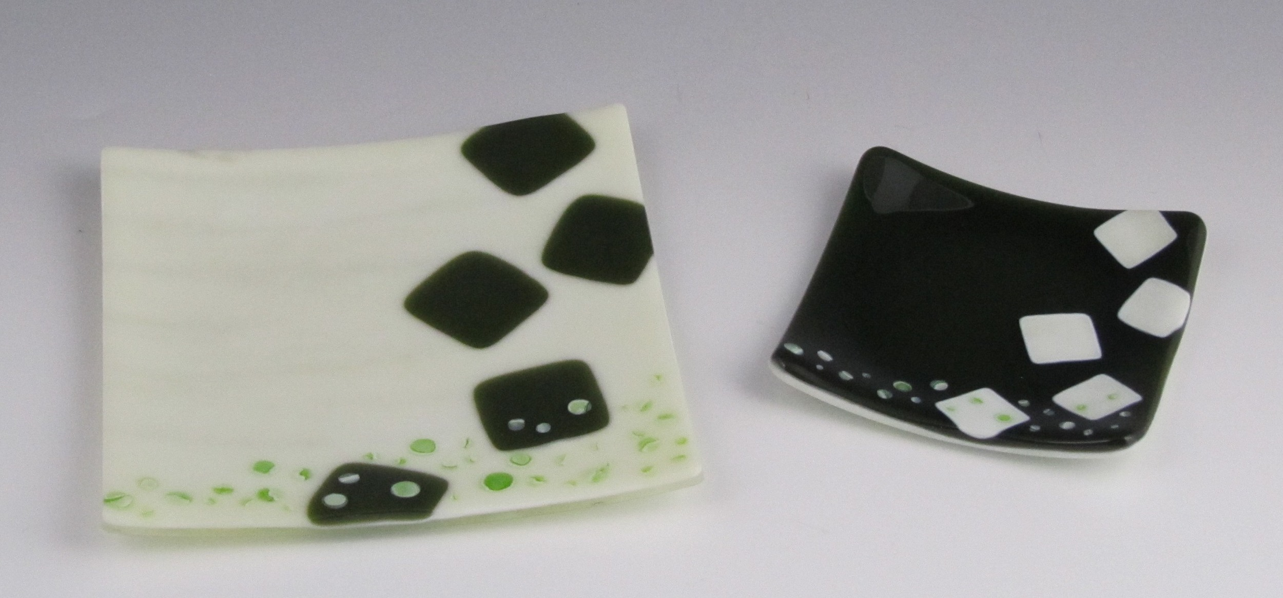 cream & olive cube dishes
