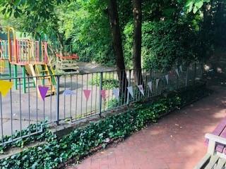 Garden party 2.jpg