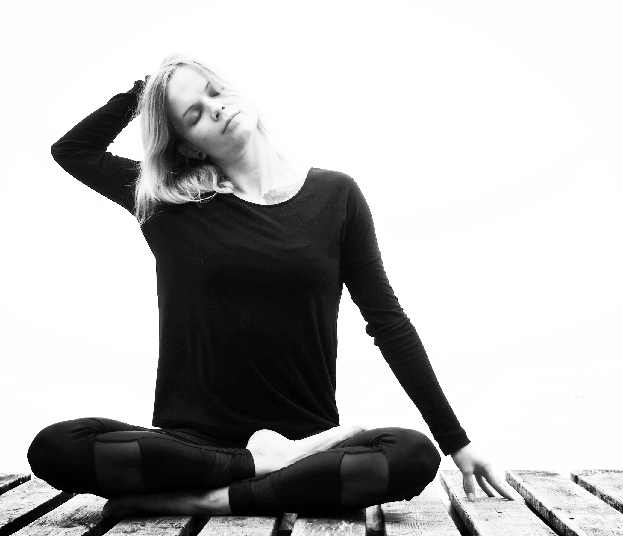 YOGA CLASSES - Weekly yoga drop-in classes, workshops, private and corporate classes