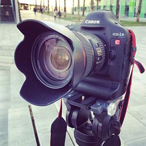 Canon 1D C på opgave med Kimi Barcelona