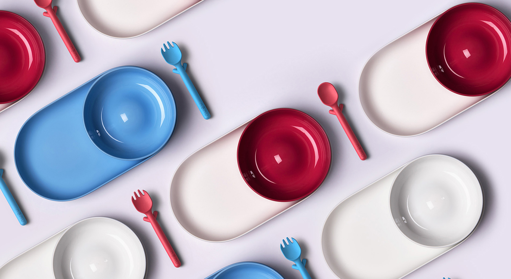 The Spoon has little leg rests so that you can set it on the table if baby prefers to feed himself or if you want to prop the spoon on the edge of the plate without having it roll over.