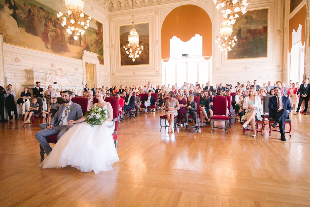 Mariage à la Mairie de Tours Calvin Badger Photographe