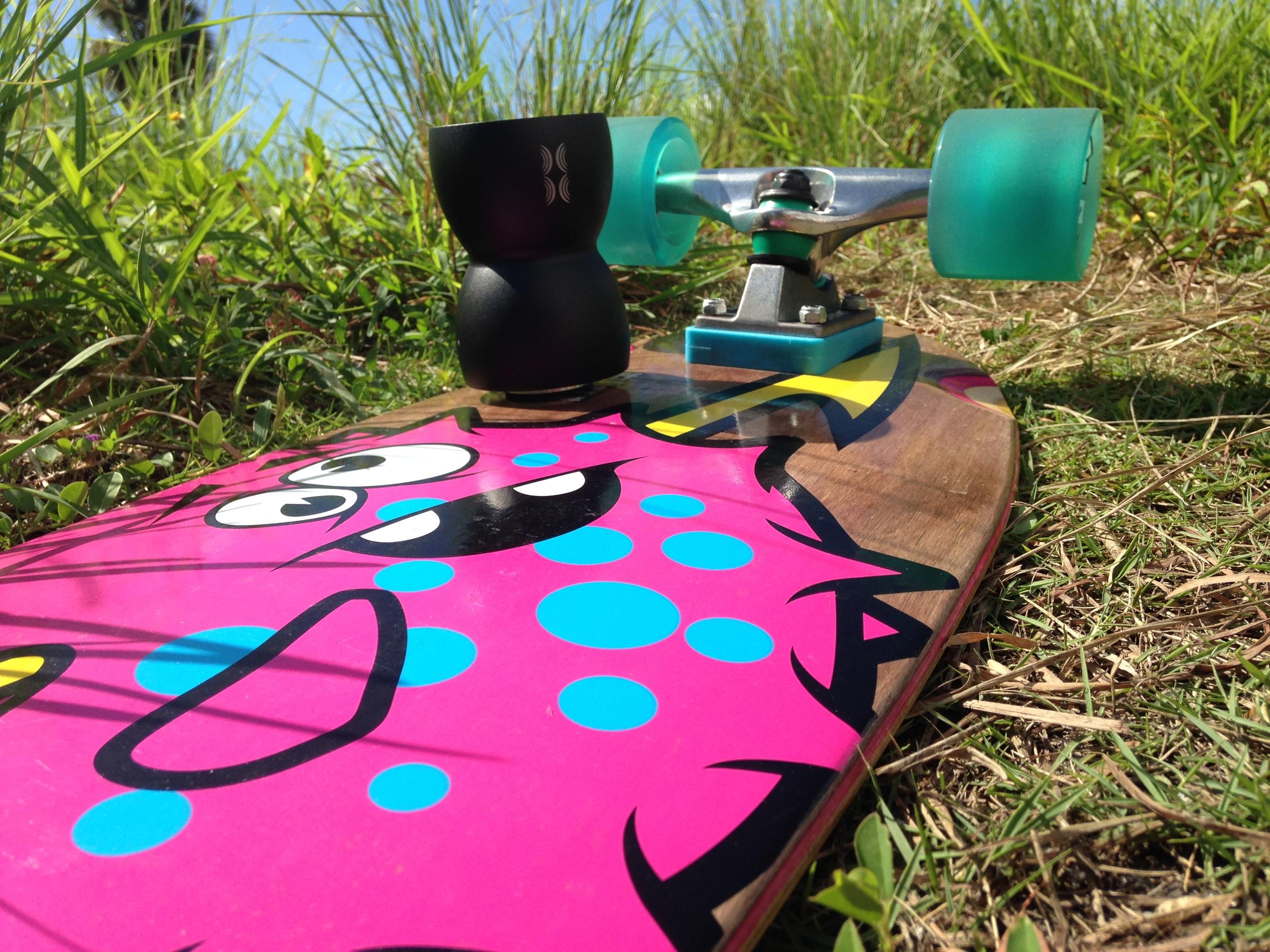 Bass_Egg_Skateboard.jpg