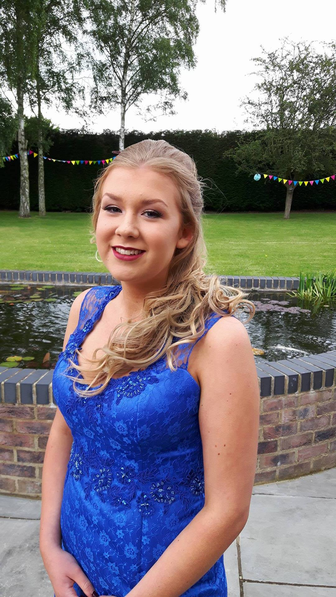 So glad we chose Sophie to design and make my daughter's prom dress. It's been an absolute pleasure from start to finish. Can't wait for prom day! Highly recommended.