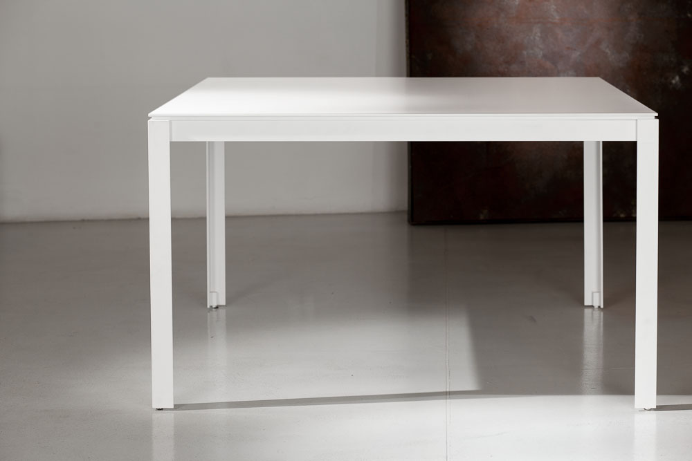 tavolo quadrato in legno e metallo design minimale e moderno lanzi
