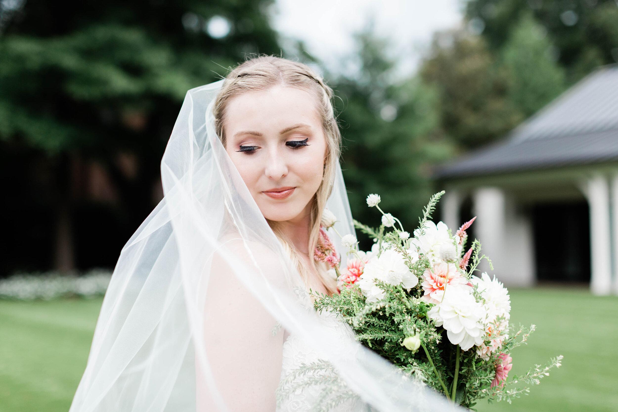 merrimon wynne house. merrimon wynne bridals. raleigh photographer. bridal portraits.jpg