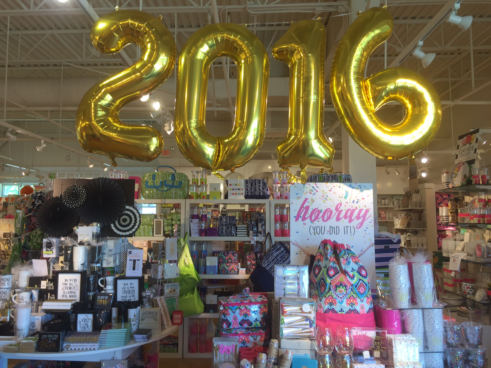 Swoozie's In-Store Graduation Shop