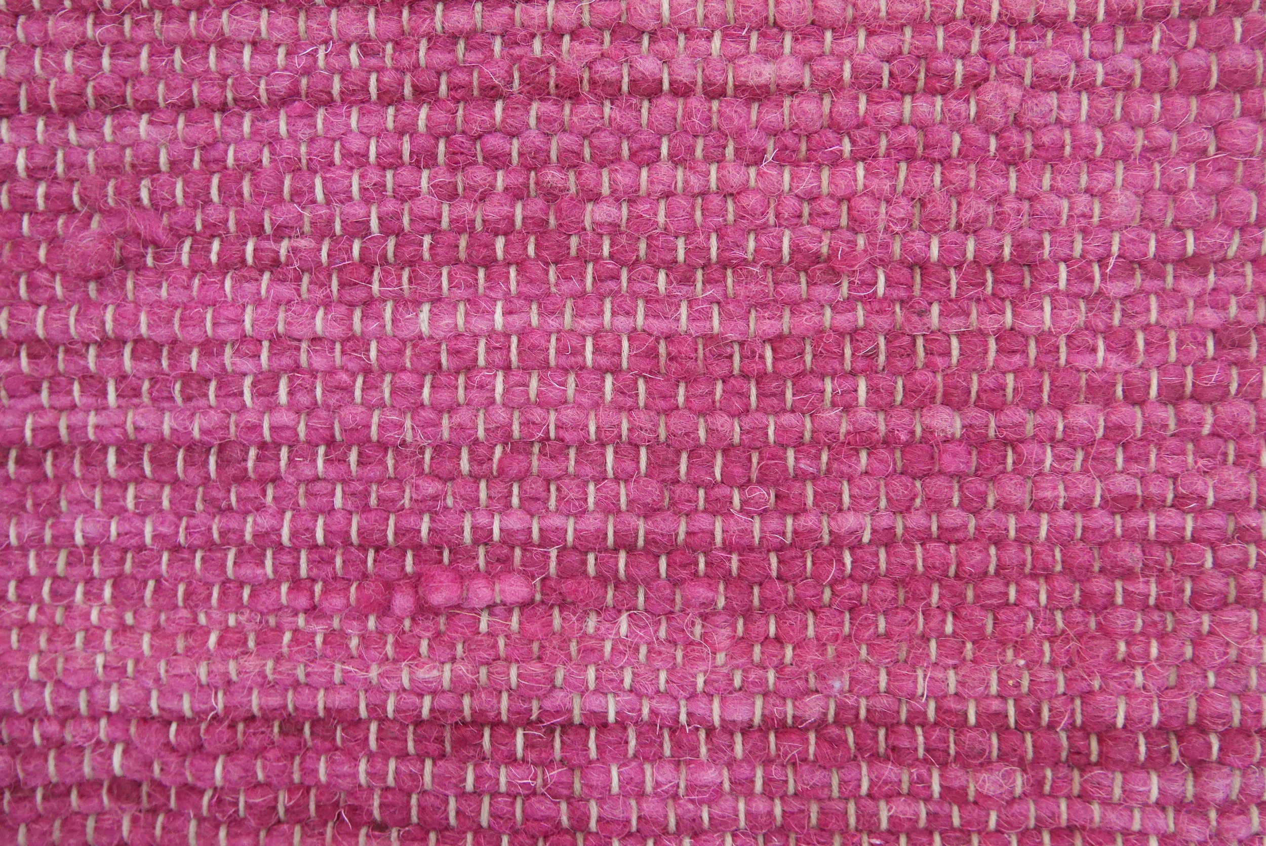 SOLID COLOR I COCHINEAL