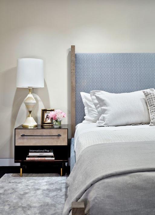 thumbs_damonlissdesign-wundergroundarchitecturedesign-apartment-master-bedroom-column-0916.jpg.770x0_q95.jpg
