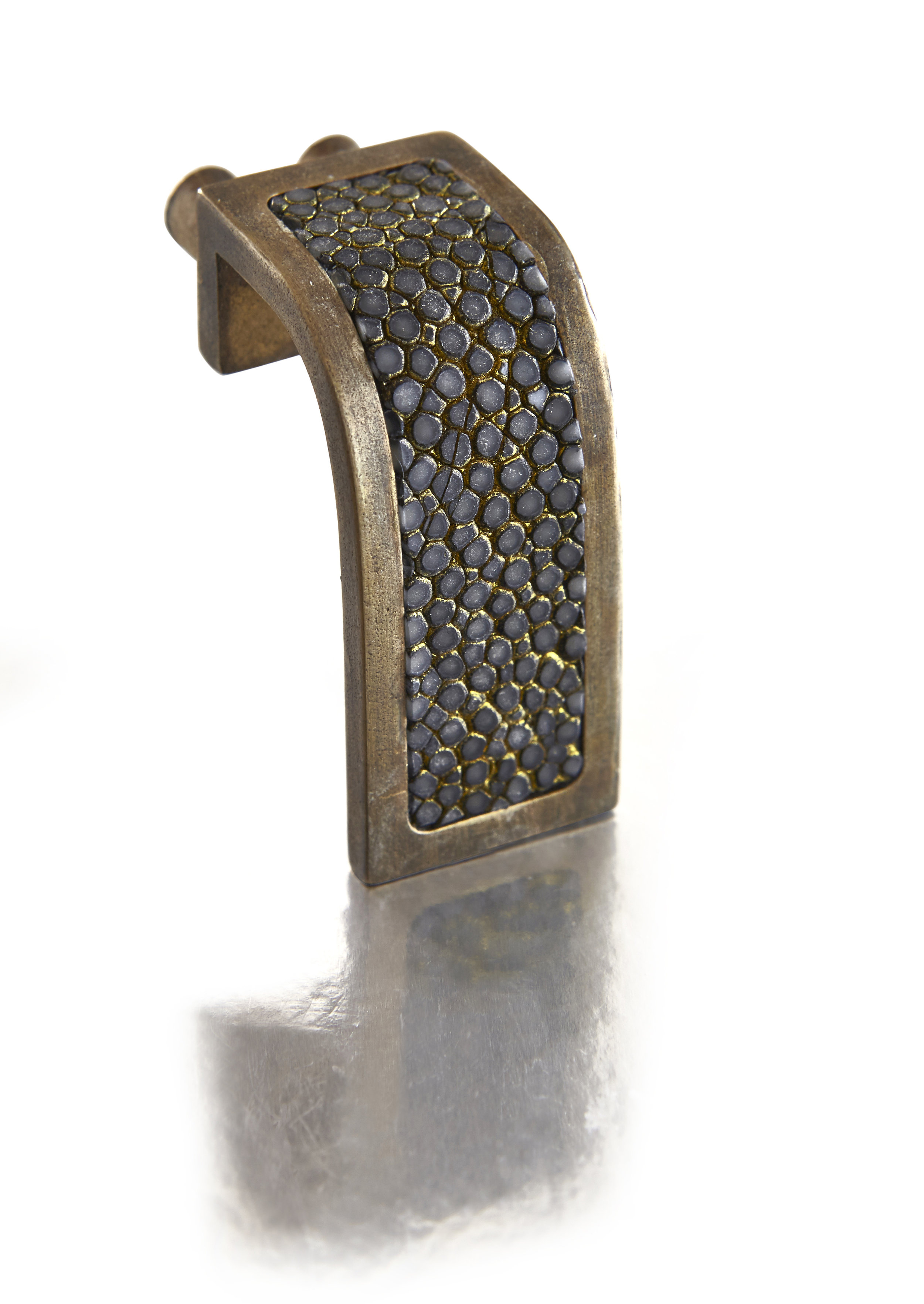 WATERFALL PULL I BLACKENED GOLD I CAVIAR  Antique Bronze & Shagreen