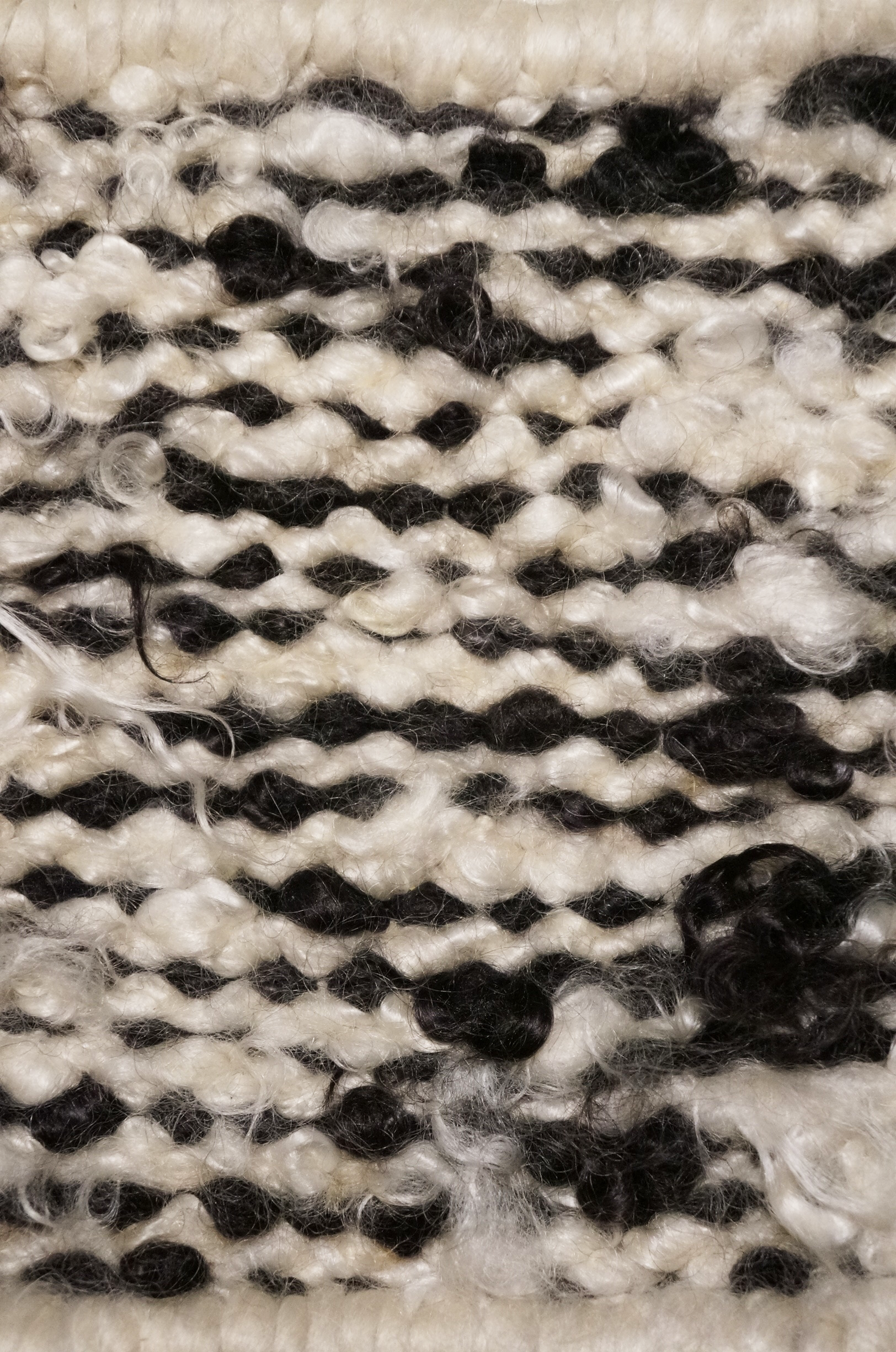 CURLY MOHAIR RIVER WEAVE I BLACK & WHITE