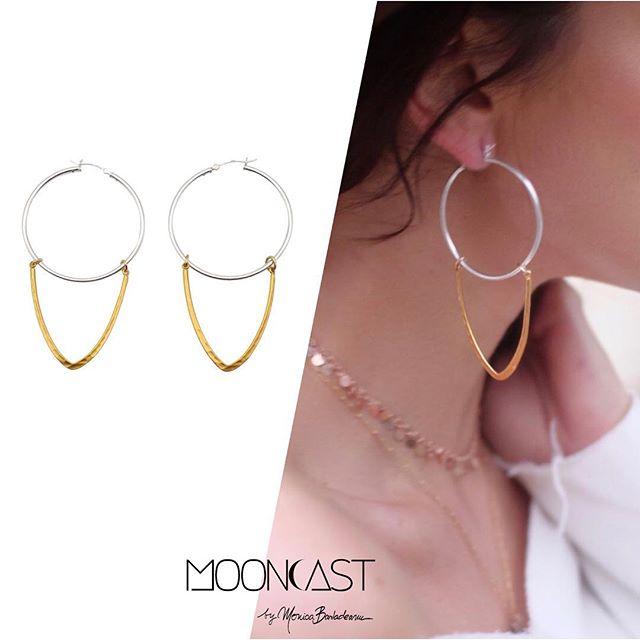 Ne vedem vineri la Mooncast Store (Piata Dorobantilor 5). Voi fi saleswoman for a day si promit ca vom face impreuna cele mai cool combinatii. Accesoriile pot schimba complet un outfit, asa ca povestim mai multe curand! Da, vor fi si piese din noua colectie. Va astept sa le descoperim impreuna. 🙌⭐️#mooncastjewelry #mooncaststore #handmadejewelry #hoopearrings #mooncastearrings