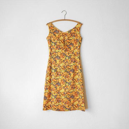 d7141ba07010 vintage-1960s-italian-orange-floral-dress-4.jpg