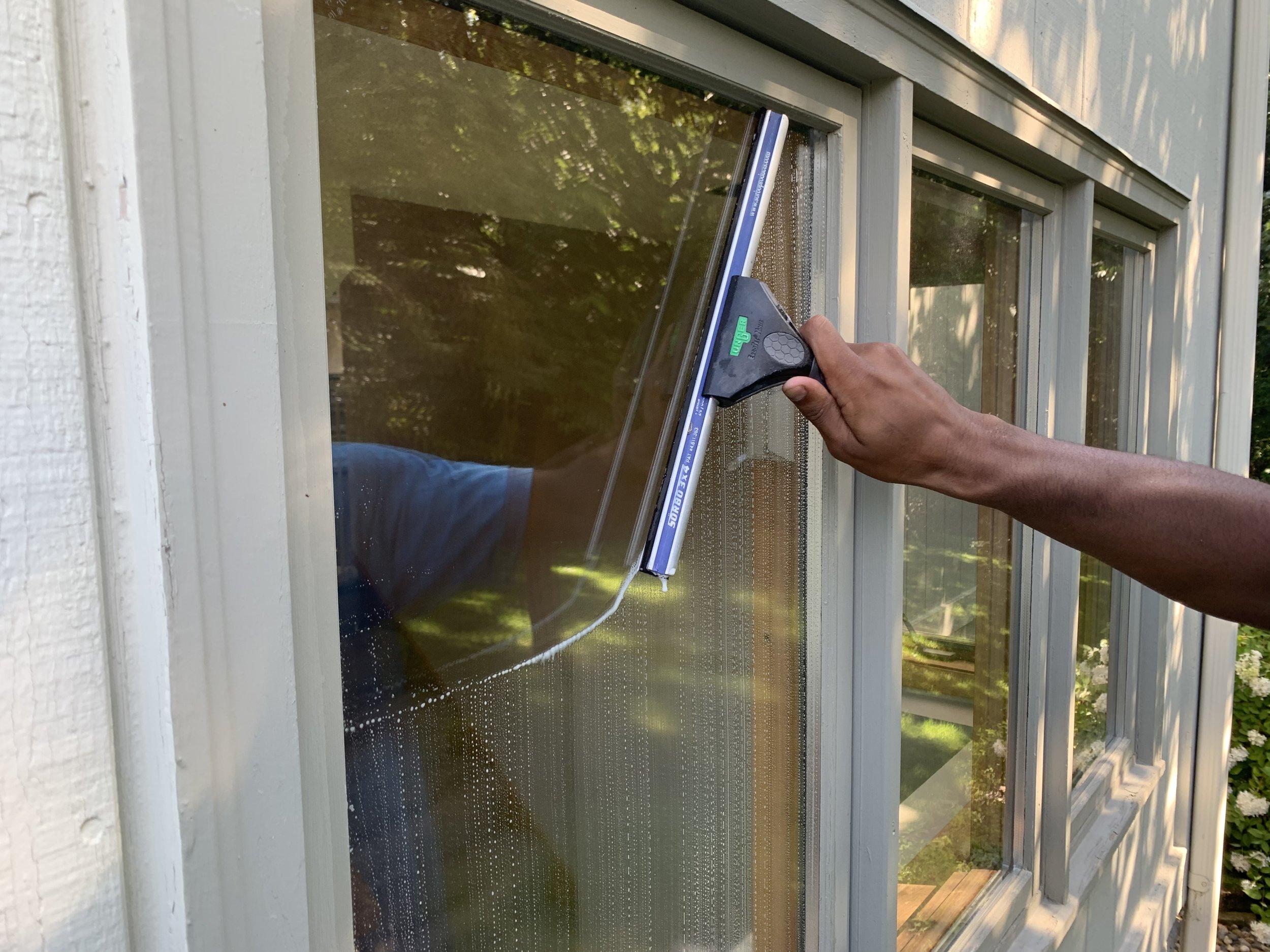 Minneapolis Window Cleaning (2).JPG