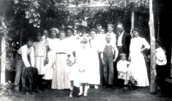 Gore and Graham Families, Graham Horse Ranch, Cutter, NM 1912