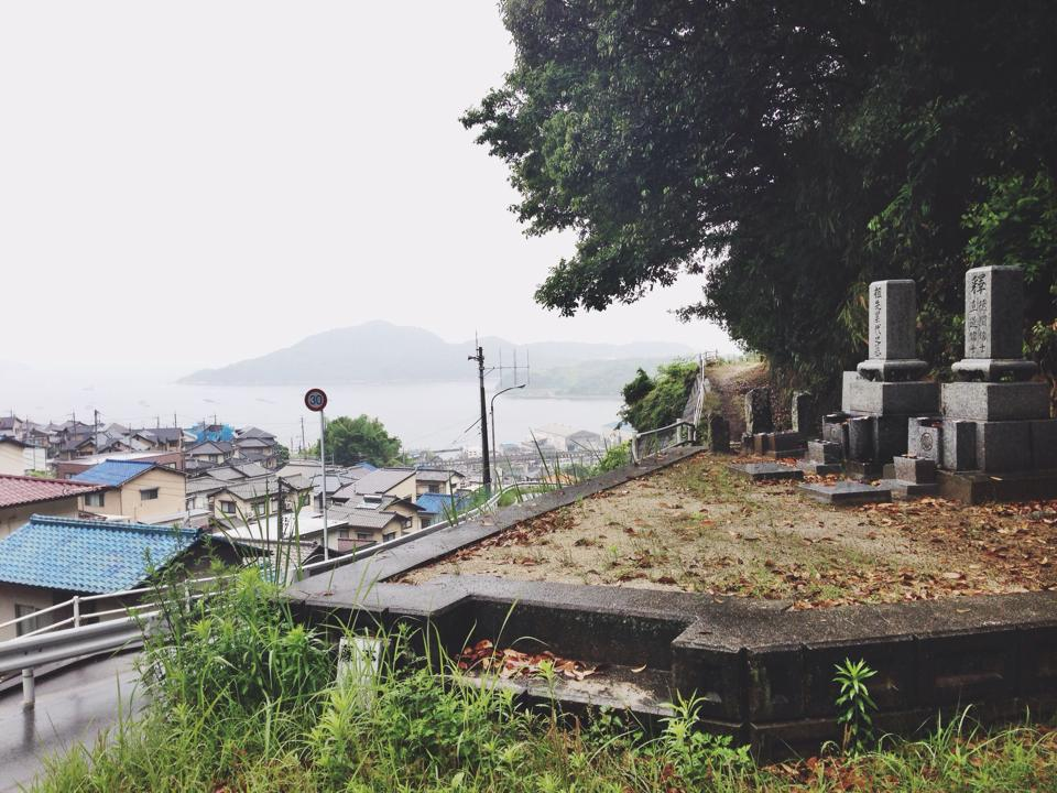 My grandfather's sister's family plot overlooks Hiroshima Bay, which is famous for its oysters.