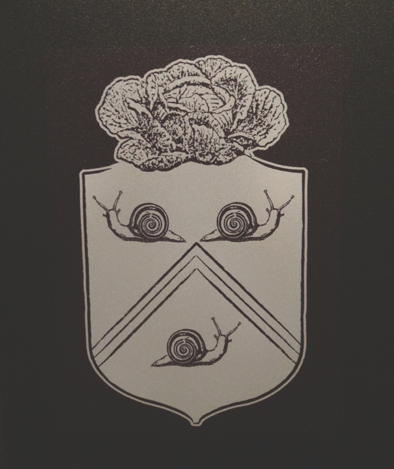 Le notre coat of arms. jardindesigns.org